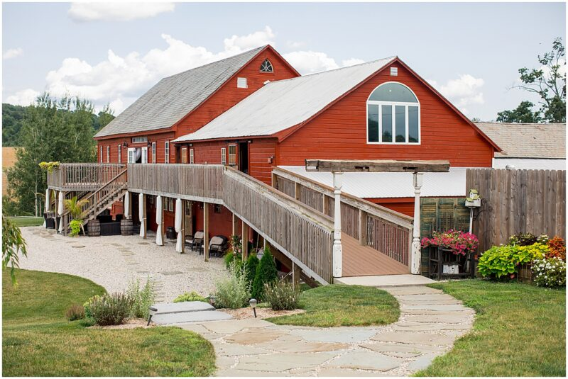 Lakota's Farm Weddings and Events